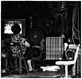 watching-tv-copie