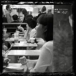 noir-et-blanc-lazylens-20130822-081344-hd